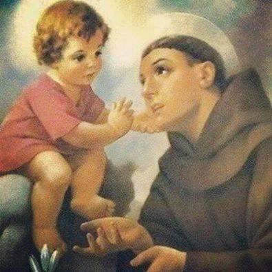 لماذا يُصوّر القديس انطونيوس دائما وهو حامل الطفل يسوع ؟