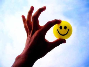 الابتسامة تخفف الأعباء